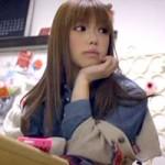 【友達の姉の誘惑H☆】小悪魔フェイスの友達の姉がガマン出来ず誘惑H♪