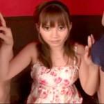 【小悪魔美女3P】エスニックな雰囲気の美女が二本チ○ポ咥え込み3P☆