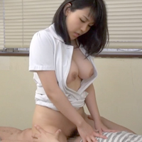 【自撮り】巨乳&スレンダーOLの胸チラの破壊力がスゴすぎる!